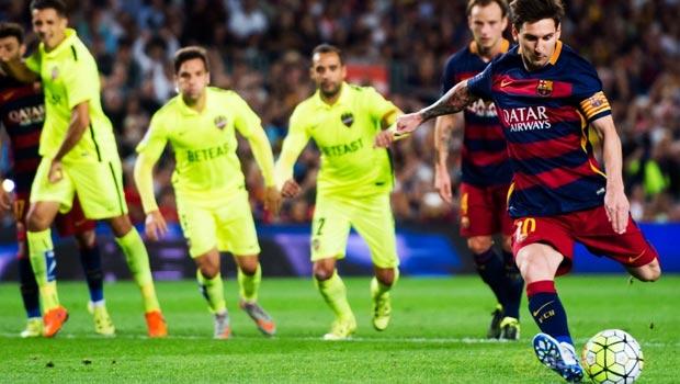 Lionel-Messi-Barcelona-4-1-Levante-1