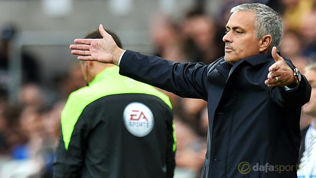 Jose-Mourinho-Chelsea-Manager-22